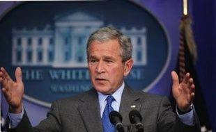 """Le président américain George W. Bush a appelé jeudi la Turquie à mettre fin """"le plus vite possible"""" à son offensive contre les séparatistes kurdes de Turquie dans le nord de l'Irak."""