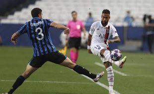 Neymar a rendu chèvre la défense de l'Atalanta Bergame en quarts de finale de C1.