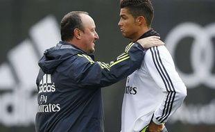 Rafa Benitez et Cristiano Ronaldo lors d'un entraînement du Real Madrid, le 15 juillet 2015.