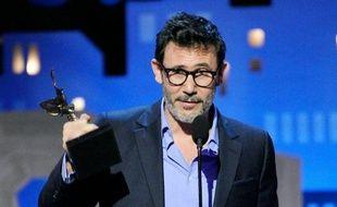 """Le film français """"The Artist"""" s'est offert samedi à Santa Monica (Californie) une dernière moisson de trophées avant la cérémonie des Oscars dimanche, en gagnant quatre prix dont celui du meilleur film aux Spirit Awards, les """"Oscars"""" du cinéma indépendant."""