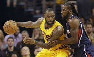 LeBron James lors de Cleveland-Atlanta le 24 mai 2015.