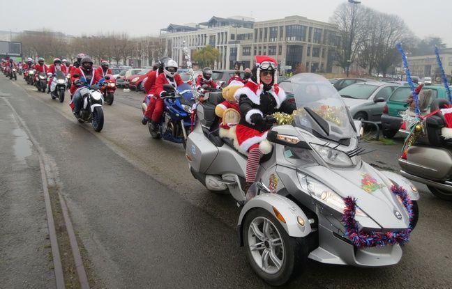 La parade des Pères Noël à moto, le 11 décembre 2016 à Nantes