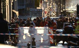 Un homme a blessé des passants sur la Canabière avant d'être abattu par la police le mardi 19 février 2019  (Photo by Boris HORVAT / AFP)