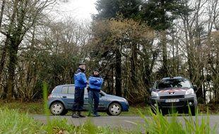 Les enquêteurs multiplient les recherches à Dirinon, près de Brest (Finistère).
