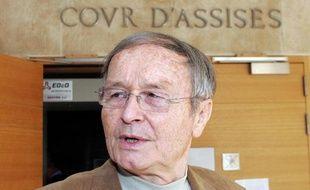 """Le 20 septembre 2007, Maurice Agnelet à Aix-en-Provence. """"Ca fait 37 ans que je dis que je suis innovent"""" a déclaré M. Agnelet lundi avant l'ouverture de son troisième procès, à Rennes, pour le meurtre d'Agnès Le Roux, mystérieusement disparue en 1977"""