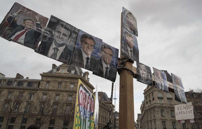 Rassemblement contre la corruption le 5 mars 2017 à Paris, place de la République.