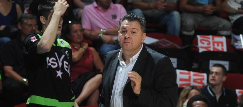 Nordine Ghrib a remplacé Pierre Vincent.