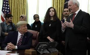 Donald Trump et son ancien ministre adjoint à la Justice, Jay Rosen (droite), le 16 janvier 2020.