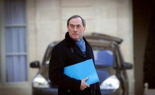 """Accorder le droit de vote aux étrangers pourrait conduire à ce que """"des étrangers rendent obligatoire la nourriture halal"""" dans les cantines, a affirmé vendredi soir le ministre de l'Intérieur Claude Guéant lors d'un meeting près de Nancy."""
