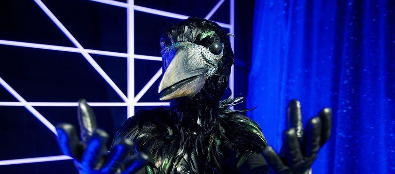 Il est nouveau, il a les crocs, mais qui est le corbeau ?