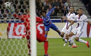 Juan Cuadrado a mis dans le vent Morel avant de fusiller Lopes, lors de Lyon-Juventus (0-1), le 18 octobre 2016.