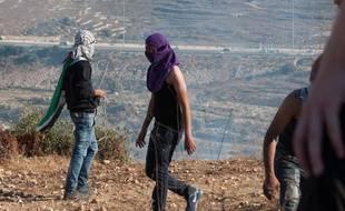 La mort d'un bébé palestinien tué dans un incendie volontaire a créé de nouvelles tensions près de Ramallah où des affrontement ont opposé  de jeunes Palestiniens et les forces d'occupation israéliennes.