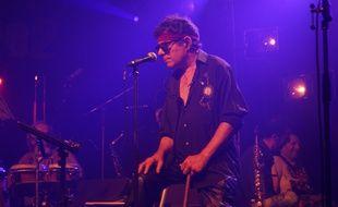 Roland Ramade, le leader de Regg'Lyss, lors d'un concert à la salle Victoire 2, près de Montpellier