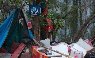 Sur un campement de l'Île du Ramier, à Toulouse. (Archive)
