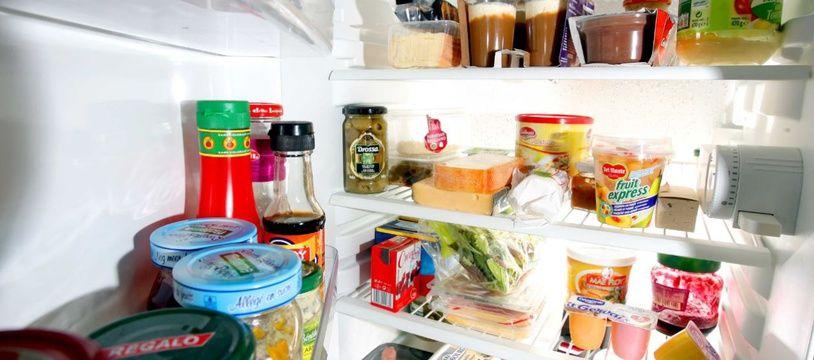 Avec les bonnes précautions, on peut manger des produits périmés sans souci.