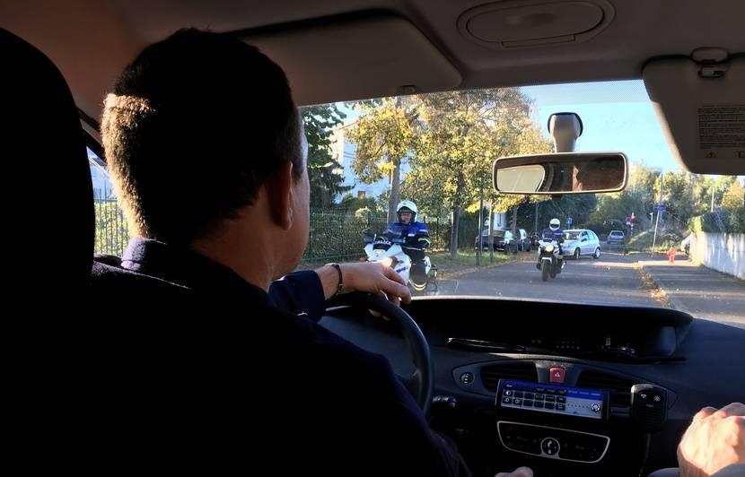 Strasbourg : On a suivi une opération anti-rodéo avec la police (et ça a fini dans une cave)