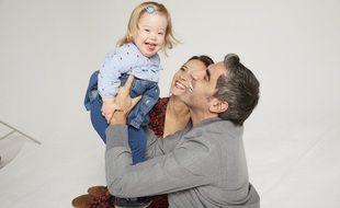 Ary Abittan, Julie De Bona et la petite Noémie, héros de « Apprendre à t'aimer »