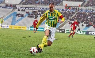 Bruno Cheyrou, le capitaine du FC Nantes, retrouve le Losc demain en coupe de France.
