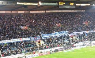 Une banderole de soutien des supporters du RC Strasbourg à leurs homologues bordelais, début février. Illustration