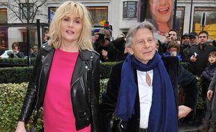 Emmanuelle Seigner et Roman Polanski à leur arrivée aux Césars, en 2014.