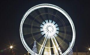 Marcel Campion refuse de démonter sa grande roue place de la Concorde.