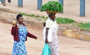 Deux femmes ougandaises. Image d'illustration.