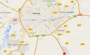 Le plan d'eau est situé sur la commune de Vern-sur-Seiche.
