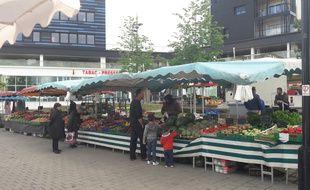 Un nouveau marché se tient le dimanche place Rosa-Parks à Nantes