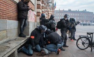 Des échauffourées place du Capitole en marge d'une mobilisation des