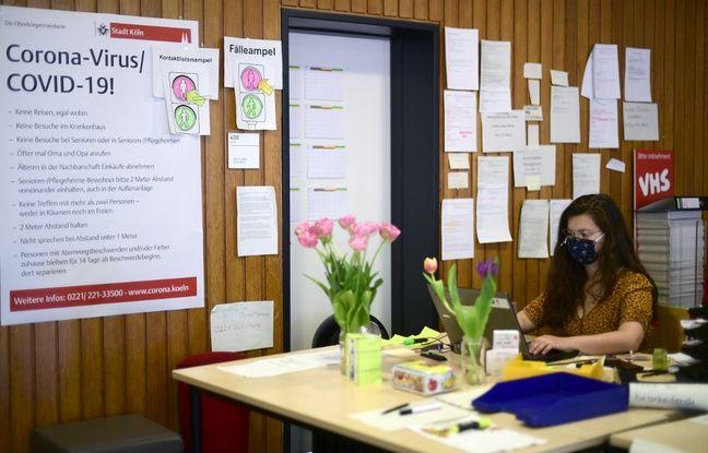 A Cologne, des étudiants en médecine questionnent les nouveaux malades du coronavirus dans le but de stopper la chaîne d'infection.