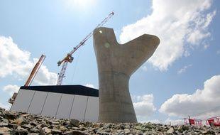 L'une des piles qui soutiendra le viaduc de la future ligne B du métro en cours de construction à Rennes.