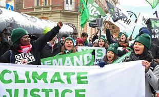 Une manifestation pour une justice climatique en Pologne à Katowice lors de la COP24.