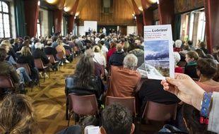 (Illustration) Une réunion publique d'informations sur l'incendie de Lubrizol organisée par l'association Respire Rouen, le 12 octobre 2019 à Rouen.