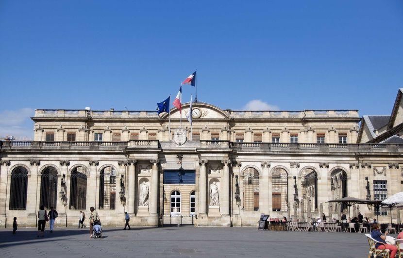 Municipales 2020 à Bordeaux: «Notre liste est la seule force propulsive de l'alternance», estime le candidat EELV après un sondage favorable