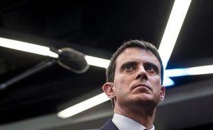 Le Premier ministre Manuel Valls à Gennevilliers le 10 avril 2014