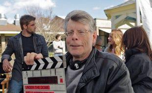 Stephen King sur le tournage d'Under the dome