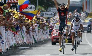Luis-Léon Sanchez bat Sandy Casar à l'arrivée de la 8e étape du Tour de France, le 11 juillet 2009
