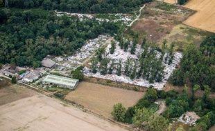 Vue aérienne de la déchetterie de Beauchamp, le 8 août 2019.
