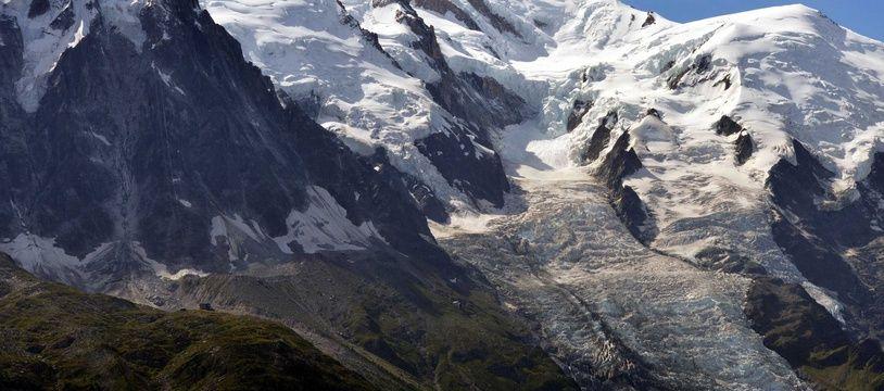 Le sommet du Mont-Blanc dans les Alpes (illustration).