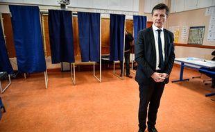 Nicolas Florian le 15 mars 2020 lors du premier tour des élections municipales.