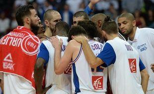 L'équipe de France de basket à Manille, le 5 juillet 2016.