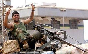 L'armée libanaise a pris dimanche le contrôle du camp palestinien de Nahr al-Bared, dans le nord du Liban, après plus de trois mois de combats meurtriers avec les islamistes du Fatah al-Islam.