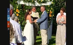 Les jeunes mariés se sont rencontrés grâce à un bug sur Facebook.