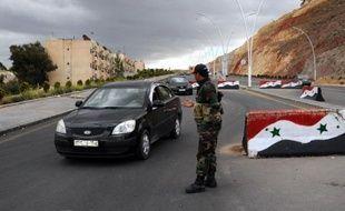 L'armée syrienne a réussi mercredi à prendre le contrôle d'une localité stratégique à l'est de Damas après des semaines de combats acharnés avec les rebelles, a indiqué l'Observatoire syrien des droits de l'Homme (OSDH).