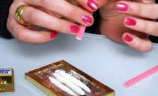 Une utilisatrice de cocaïne, une drogue de plus en plus consommée en Europe.