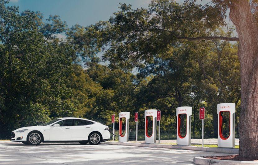 Tesla: La capacité de recharge des Superchargeurs limitée à 80 % aux Etats-Unis