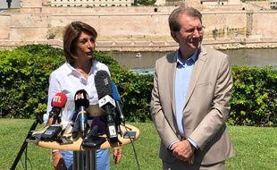 Martine Vassal a intronisé Guy Teissier, 75 ans, comme candidat de la droite à la mairie de Marseille.