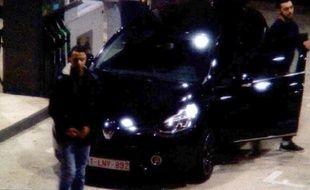 Mohamed Abrini avec Salah Abdeslam aperçu sur les images de vidéosurveillance le 11 novembre 2015