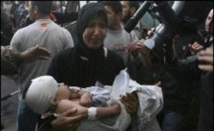 Le ministre israélien de la Défense, Amir Peretz, a ordonné à l'armée de procéder rapidement à une enquête pour déterminer les causes de la mort de dix huit Palestiniens, dont des femmes et des enfants, à Beit Hanoun, dans le nord de la bande de Gaza.