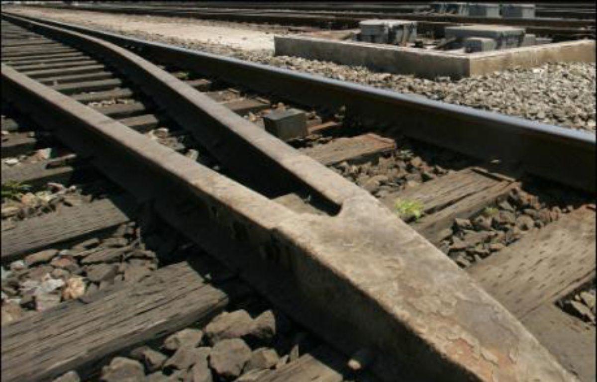"""Soixante-huit personnes ont été tuées et 120 blessées """"grièvement"""" dans la nuit de mercredi à jeudi lors du déraillement d'un train au Kasaï occidental, dans le centre de la RDC, selon un nouveau bilan provisoire fourni jeudi soir par l'ONU. –  AFP/Archives"""